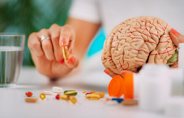 Deficiencias vitamínicas: Efecto en las vías neurológicas cerebrales